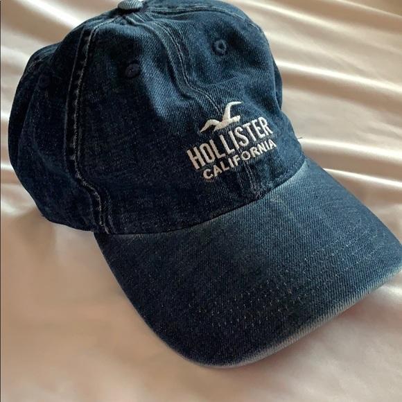 07b55454945b3 Hollister Accessories - 💥SALE💥NWOT- Denim Hollister Hat